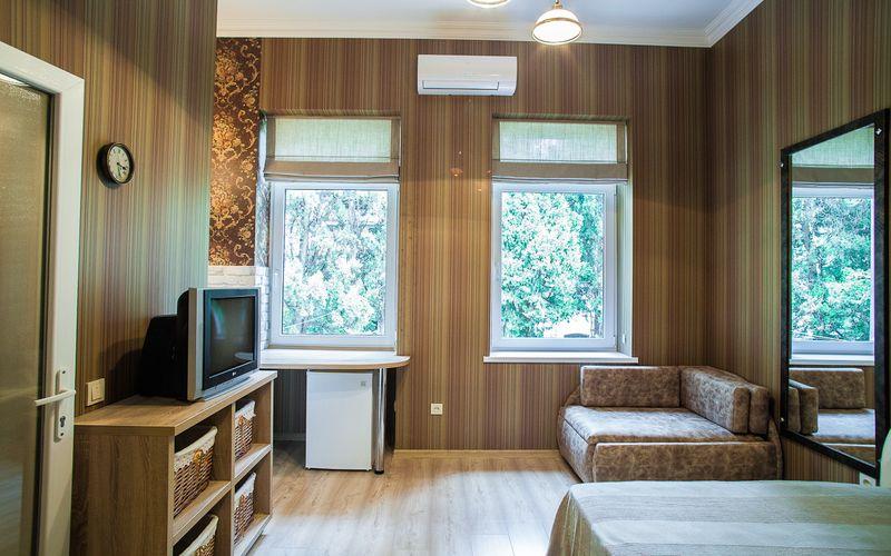 Гостиный дом на Лавровом в Ялте